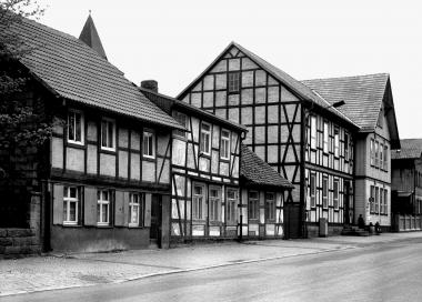 Altes Hasseröder Schulgebäude in der Friedrichstraße - Dieter Oemler