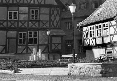 Ruhezone in der Marktstraße hinter dem Rathaus - Dieter Oemler