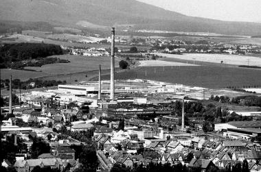 Blick auf das Industriegebiet Elmo und Megu - Dieter Oemler