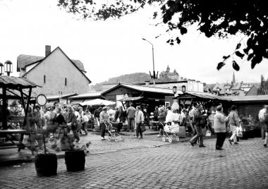 Gemüsemarkt in der Ringstraße - Dieter Oemler