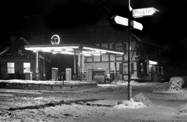Tankstelle am Westerntor - Dieter Oemler