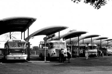Der Busbahnhof am Hauptbahnhof wird ausgebaut und mit Überdachungen versehen. - Dieter Oemler