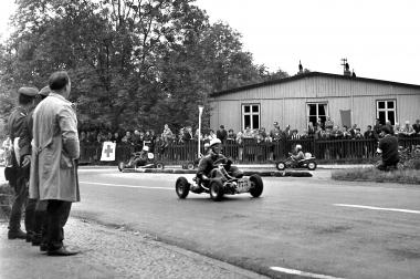 K-Wagen-Rennen zum Rathausfest 1964 - Dieter Oemler