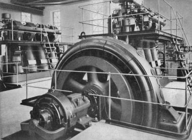 700 PS starke Dieselmotoren der ehemaligen Ferdinant Karnatzki AG um 1926. - Frank Wiesner