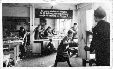Lehrlingsausbildung im VEB Holzbau 1954 - Helga Schwendler