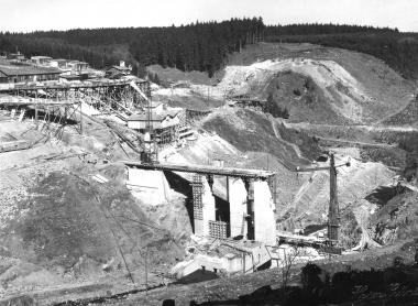 Bau der Zillierbach - Talsperre als Arbeitsbeschaffungsmaßnahme - Dieter Oemler