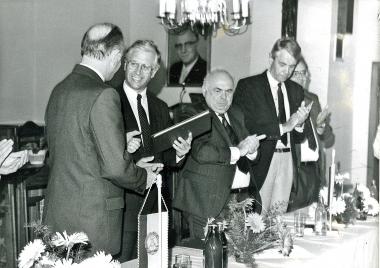 Unterzeichnung des Partnerschaftsvertrages mit Neustadt an der Weinstraße - Stadtverwaltung Neustadt an der Weinstraße