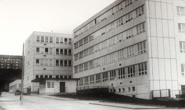 Neubau der Füllhalterfabrik in der Weinbergstraße 1972 - Harzbücherei Wernigerode