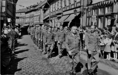 Demonstration der Wernigeröder Werktätigen zum 1. Mai - Mahn-und Gedenkstätte Archiv