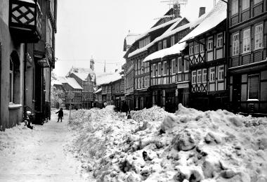 Schneemassen in der Innenstadt 1972 - Dieter Oemler