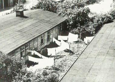 Gebäude des ehemaligen Zwangsarbeiterlagers am Veckenstedter Weg - Mahn-und Gedenkstätte Archiv