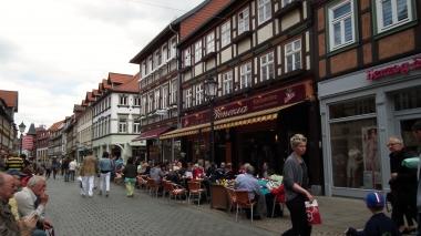 Wernigerode - eine liebenswerte Stadt mit Zukunft  (Breite Straße) © Wolfgang Grothe