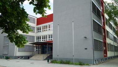 Stadtfeldgymnasium © Wolfgang Grothe