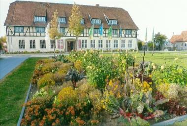 Die ehemalige Agraringenieurschule auf dem Gelände des Bürgerparks 2009 © Wolfgang Grothe