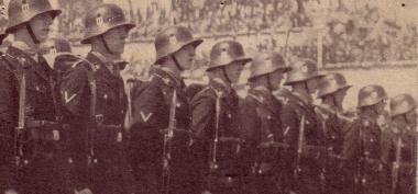 """SS-Einheit 1944 - """"Treue zumFührer"""" - Mahn-und Gedenkstätte Archiv"""
