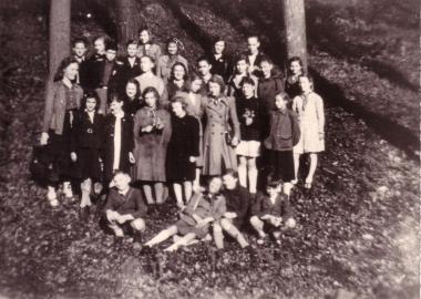 Erste Pioniergruppe in Wernigerode im Sommer 1948 - Mahn-und Gedenkstätte Archiv
