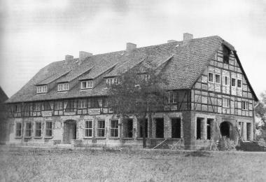 Ehemaliger Schafstall, der zur Fachschule für Landwirtschaft ausgebaut wurde - Archiv Manfred Fuhlroth