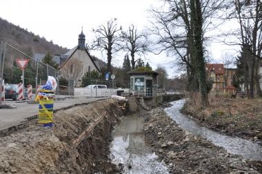 Erneuerung der Stützmauern des Zillierbaches am Holfelder Platz - Holger Manigk