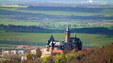 Blick über das Schloss hinweg in das nördliche Vorland © Wolfgang Grothe