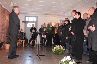 Landrat Martin Skibe erinnert an die Millionen Opfer des Nationalsozialismus - Winnie Zagrodnik