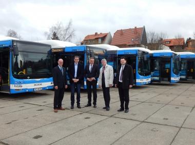 Harzer Verkehrsbetriebe übernehmen acht neue klimaneutrale Bio-Erdgas-Busse - Mona Strauchmann