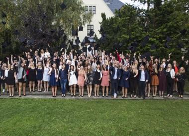 Exmatrikulation von 252 Absolventen und Absolventinnen des Fachbereichs Wirtschaftswissenschaften der Hochschule Harz im Oktober 2017 - Hochschule Harz
