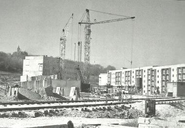 Im Neubaugebiet Burgbreite wird zügig weitergebaut. 50 Wohnungen werden übergeben. - Dieter Oemler