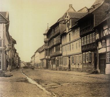 Ältestes bekanntes Foto der Breiten Straße um 1860 - gemeinfrei