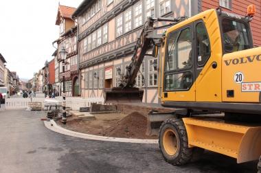 Bis zum Beginn des Weihnachtsmarktes werden die Bauarbeiten des ersten Bauabschnitts zwischen Stadtecke und Große Schenkstraße abgeschlossen - Winnie Zagrodnik
