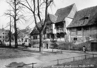 Haus Gadenstedt am Oberpfarrkirchhof - Dieter Oemler