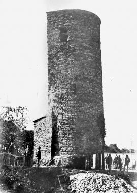 Stadtmauer-Turm in der Ringstraße vor dem Abriss 1901 - Dieter Oemler
