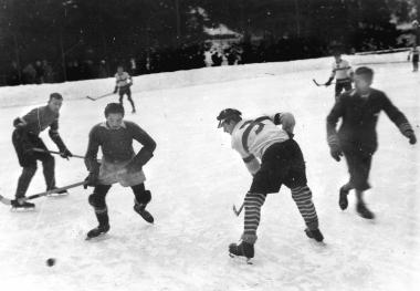 Eishockeyspieler im Christianental - Dieter Oemler