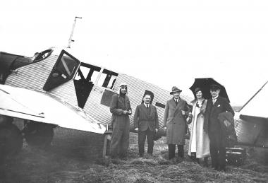 Verkehrsflugplatz (eingeweiht am 15.08.1926) - Dieter Oemler