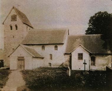 Silstedter Kirche mit altem Turm (vor 1898) - Archiv Silstedt
