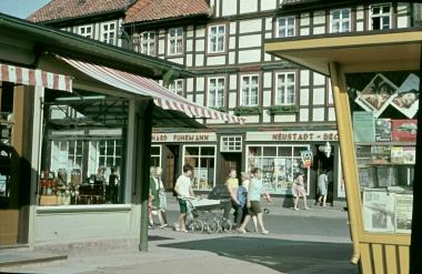 """""""Bernhard Fuhrmann"""", Breite Straße 74, Anfang der 80iger - Stadtarchiv Wernigerode"""