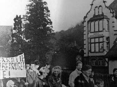 Demonstration vor der SED-Kreisleitung am 4. November 1989