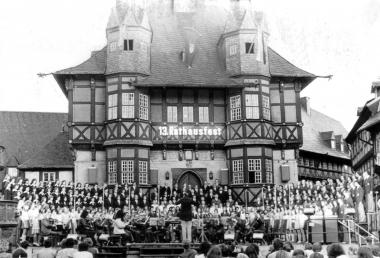 13. Rathausfest - Mahn-und Gedenkstätte Archiv