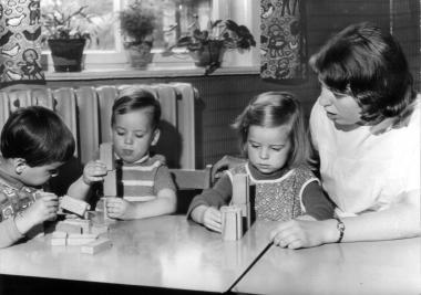 In der Kinderkrippe des VEB Metallgusswerk Wernigerode 1968 - Archiv Mahn- und Gedenkstätte