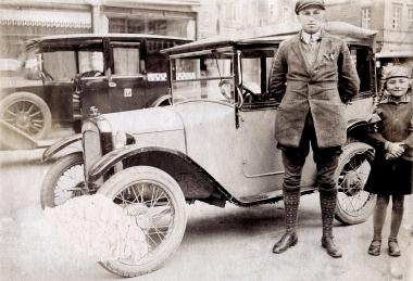 erstes Taxi in Wernigerode um 1925 - Fotothek Harzbücherei