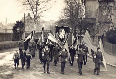 Trauermarsch für den verstorbenen Stalin - Fotothek Harzbücherei