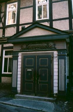 Oberpfarrkirchhof 7 - Schule - Stadtarchiv Wernigerode