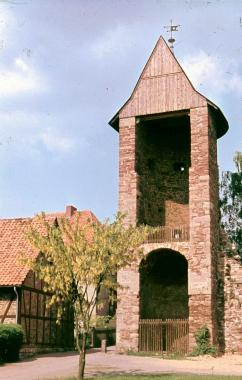 """Halbschalenturm am Vorwerk in der Nähe des """"Hilleborchsturms"""" - Stadtarchiv Wernigerode"""