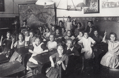 Fürstin-Anna-Lyzeum 1921/22 - gemeinfrei