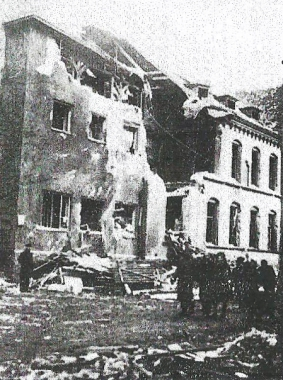 Kriegsschäden an der Hauptpost - Dieter Oemler