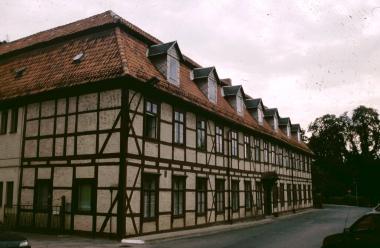 ehemaliges Waisenhaus in der Lindenallee - Stadtarchiv Wernigerode