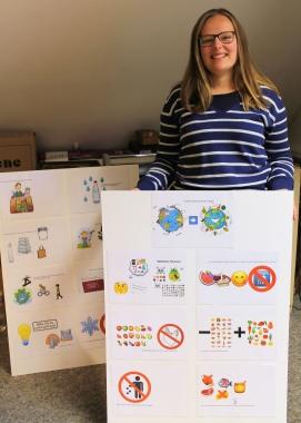 Bundesfreiwillige Maya Dörge hat ein Programm zum Thema Upcycling für den Weltkindertag entwickelt. - Ulrike Hofmüller