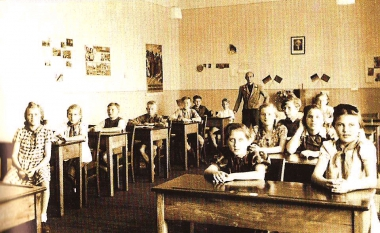 Zentralschule im Gutshaus Minsleben - Stadtarchiv Wernigerode