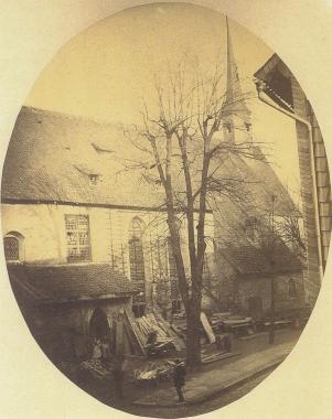 Das einzige und letzte Bild der Nicolaikirche kurz vor dem Abriss 1873 - gemeinfrei