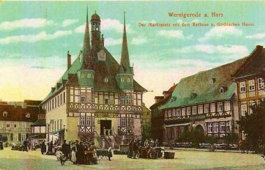 Marktplatz mit Rathaus und GothischemHaus - Stadtarchiv Wernigerode PK II/159