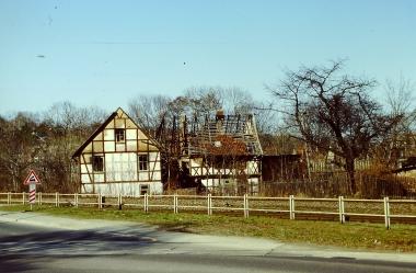 Schlackenmühle nach der letzten Brandstiftung April 1997 © Wolfgang Grothe